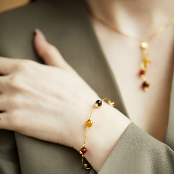 Gold-plated bracelet with mixed amber