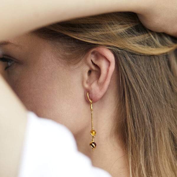Gold-plated earrings with Baltic amber